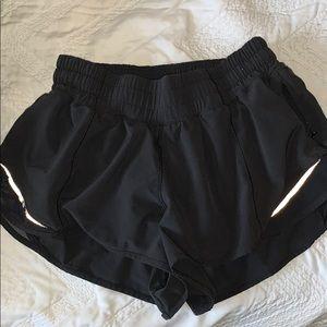 lululemon hotty hot II shorts black